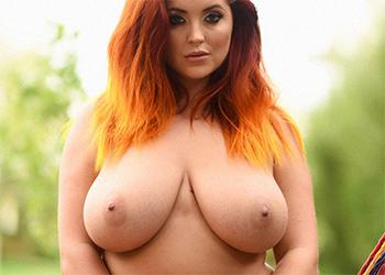 Lucy Vixen Coral Lingerie Nudes
