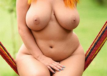 Lucy Vixen nude swing