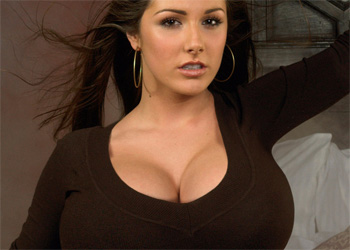 Lucy Pinder Exposed Boobs