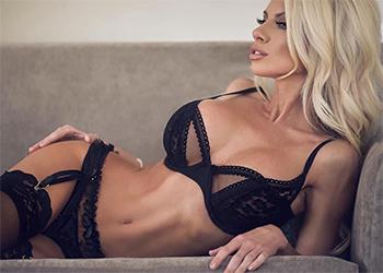 Lynnie Marie Sexy Model