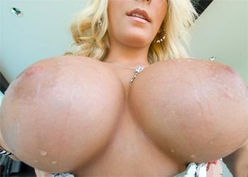 Madison Scott Undressing