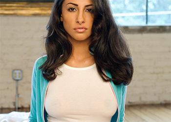 Malina Rojel busty exotic