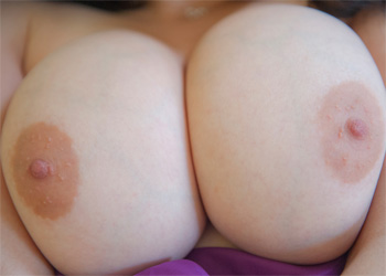 Mallorie Busty Silky Nudes
