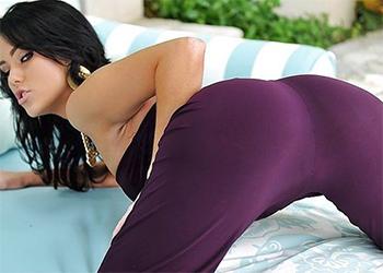 Megan Rain Sexy Model