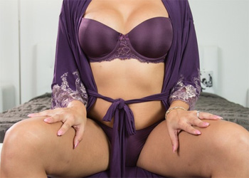 Mercedes Carrera Purple Robe