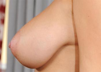 Natalia Sexy Undressing 1byday