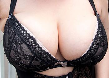 Nikkie Black Corset Tits