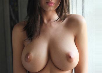 Nikol Perky Tits