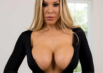 Olivia Austin rent a pornstar
