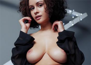 Pammie Lee Stelo Nudes