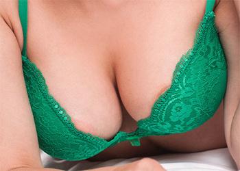 Rada Nude In Bed Femjoy