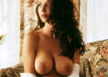 Rebecca Switzer nude