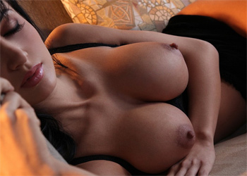 Roxanna Milan Busty Desire