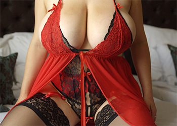 Samanta Lily Lace Lingerie