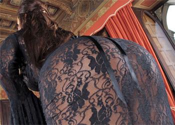 Satin Bloom Black Lace Nudes