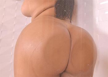 Sheila Ortega Super Thick