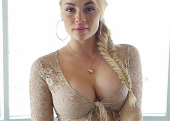 Skyla Nova Sexy Busty Pornpros