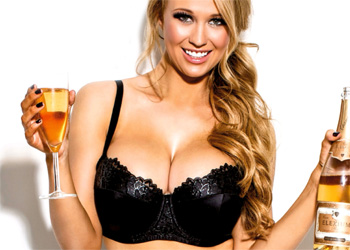 Sophie Reade Busty Glam