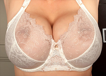 Sophie Mei big breasts