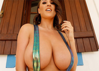 Stacey Poole shiny boobs