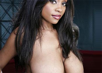 Sydney Simone ebony