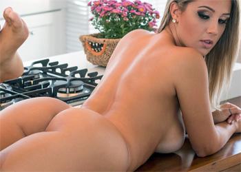 Vanessa Vailatti Purple Nudes