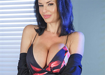 Veronica Avluv Cleavage Dress