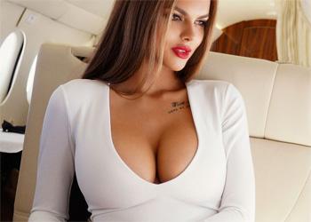 Viki Odintcova Busty Model
