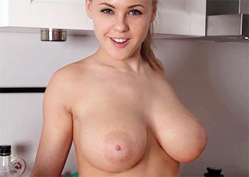 Viola Bailey Boobs Babe