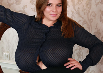 Xenia Wood blouse tits
