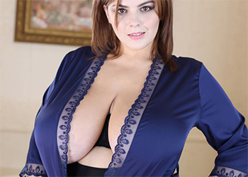 Xenia Wood Open Robe