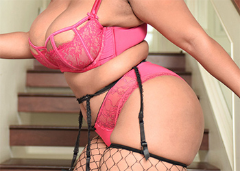 Ms Yummy Voluptuous Ebony Curves Scoreland